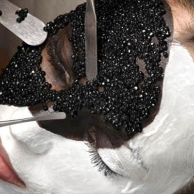 Масаж против бръчки с екстракт от черен хайвер и морски колаген