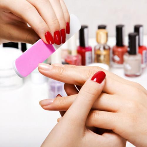 Courses for manicure, pedicure, nail plastics